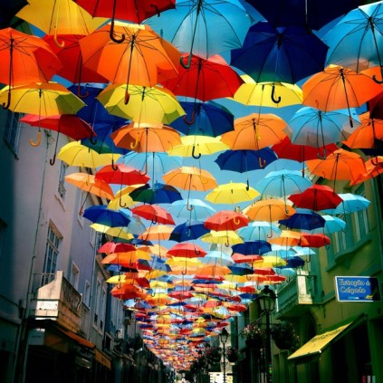floating-umbrellas-agueda-portugal-2013-5-640x640