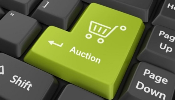 Online-Auction-Houses-A-New-Paradigm-FEATURED